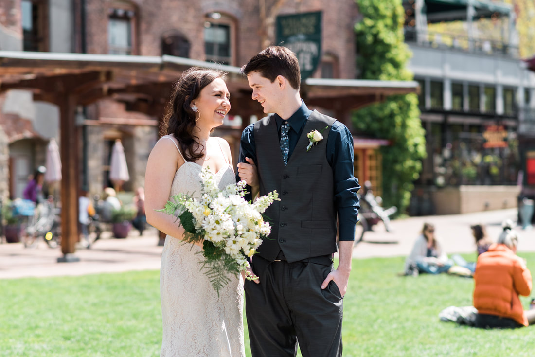 Bellingham Fairhaven Wedding Photographer, Caylie Mash Photography, Village Books, Village Green Fairhaven, Blush Blossom Floral