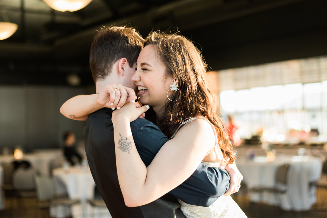 Bellingham Wedding Photographer, Caylie Mash Photography, Bellingham Ferry Terminal, Candid