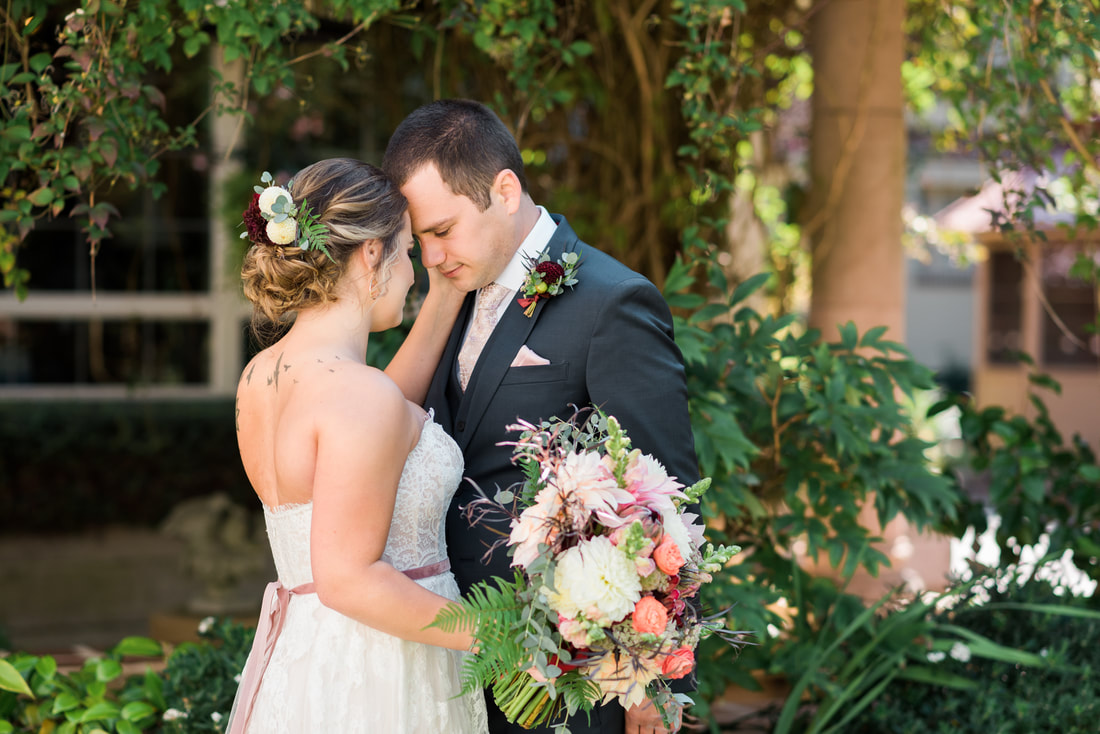 Bellingham WA Micro Wedding Photography, Lairmont Manor, Caylie Mash Photography