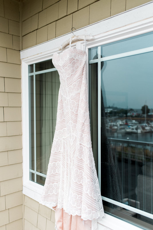 Caylie Mash Photography, Bellingham Washington Wedding and Engagement Photographer, Whatcom County, Bellwether Hotel, Beaded Wedding Dress