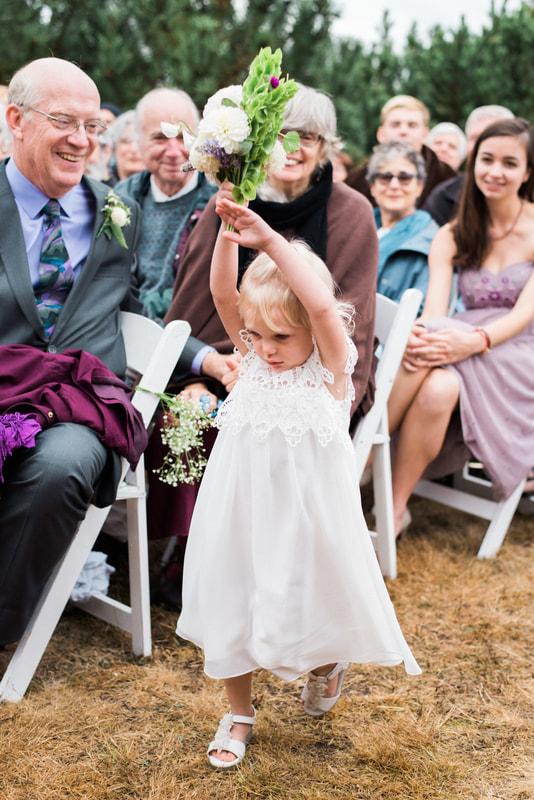 Caylie Mash Photography, Bellingham Washington Wedding and Engagement Photographer, Whatcom County, Rainy Pacific Northwest Backyard Wedding, PNW, Ceremony, Flower Girl