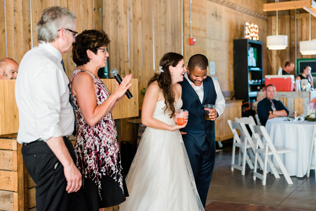 Bellingham Wedding Photographer, Caylie Mash Photography, Rein Fire Ranch, King County