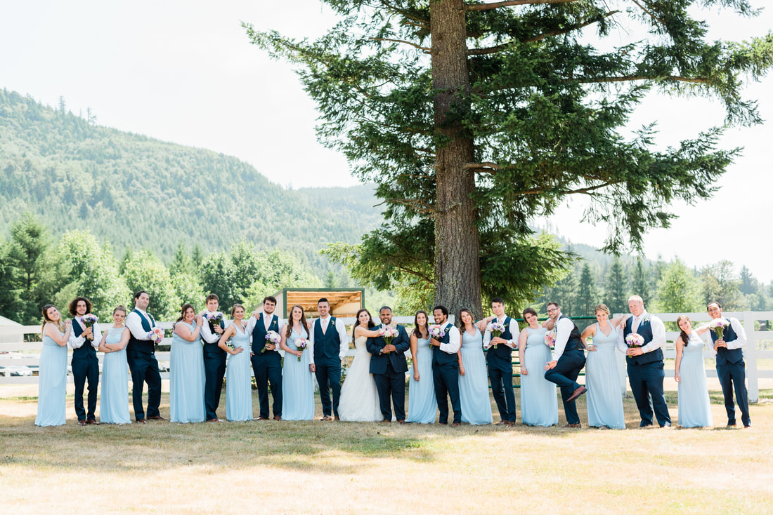Bellingham Wedding Photographer, Caylie Mash Photography, Rein Fire Ranch, Wedding Party, King County
