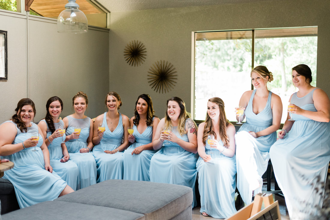Bellingham Seattle Wedding Photographer, Caylie Mash Photography, Rein Fire Ranch, Getting Ready, Blue Bridesmaids