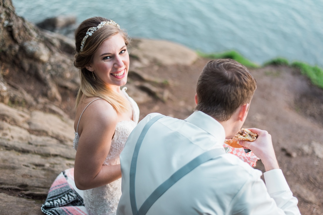 Bellingham Wedding Photographer, Boomer's Drive-in, Clark's Viewpoint, Caylie Mash Photography