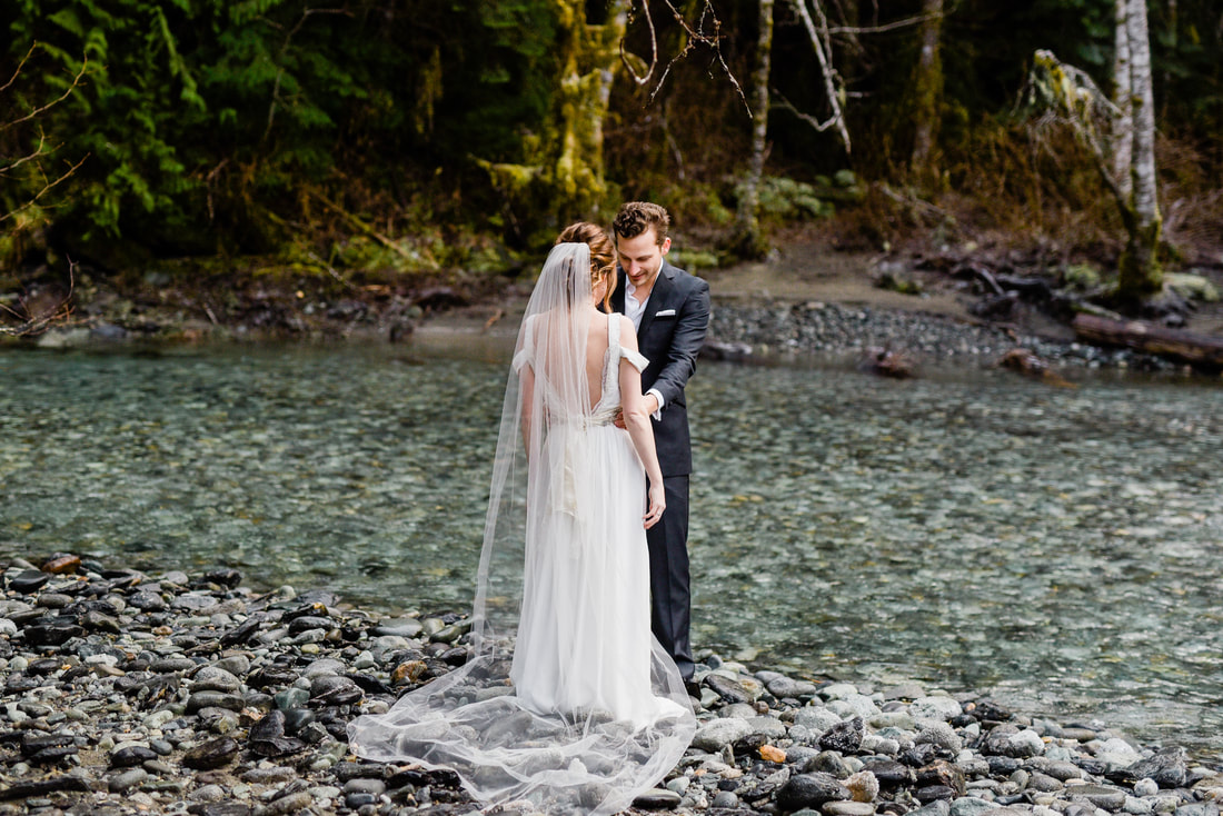 Bellingham WA Nooksack River Mount Baker Elopement Intimate Wedding Photography, Caylie Mash Photography, Pacific Northwest